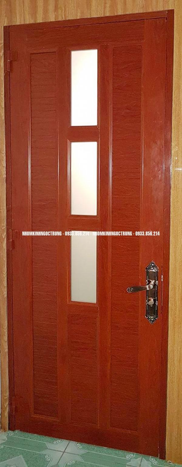 cửa nhôm kính màu vân gỗ