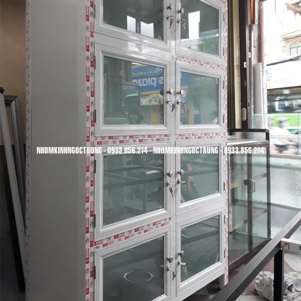 mẫu tủ nhôm kính đựng hồ sơ màu trắng sữa