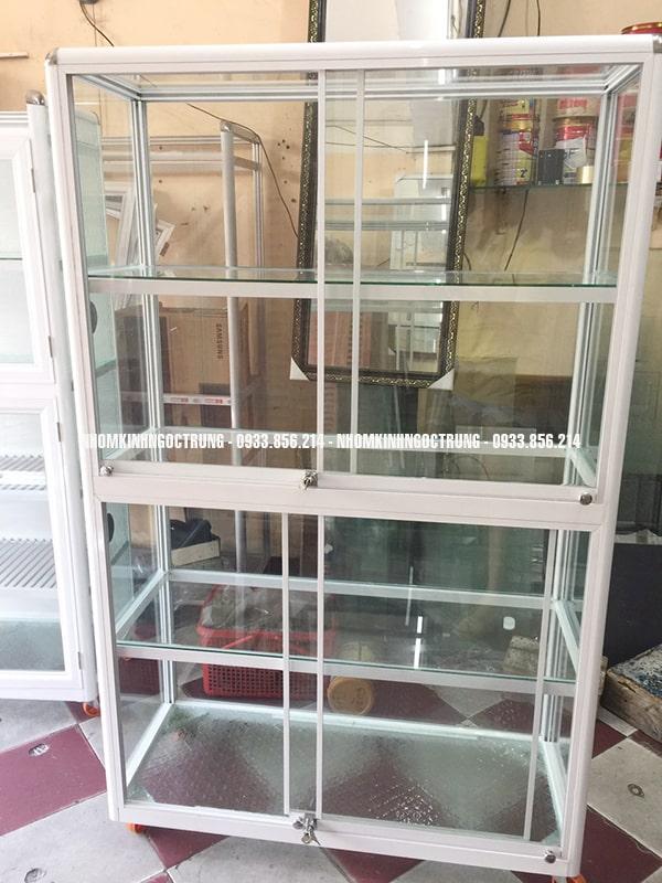 Tủ bán hàng th005