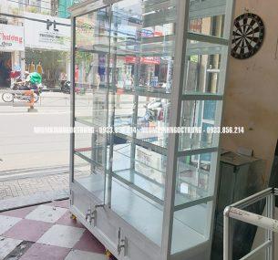 tủ bán hàng TH008