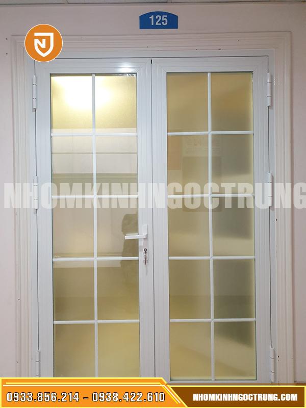 cửa nhôm xingfa kính hộp 2 cánh cửa mở